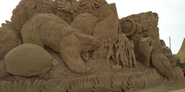 sand-statue-01